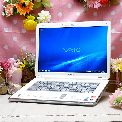 VAIO VGN-CR72B (Core2Duo T8100 2.10GHz/2GB/200GB/DVDマルチ/Windows7Pro32bit/14.1インチ/無線LAN)